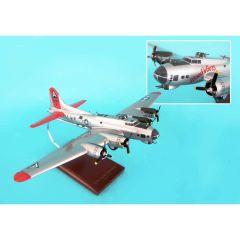 B-17g Fortress Silver 1/72 Blood And Guts Mahogany Aircraft Model