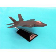 F-35c Cv/Jsf Usn 1/72 (CF035C3tr) Mahogany Aircraft Model