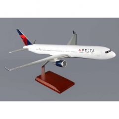 Delta 767-300 1/100 New Livery (KB767dtr) Mahogany Aircraft Model