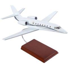 Cessna Citation Sovereign House 1/40 (kccs)  Mahogany Aircraft Model