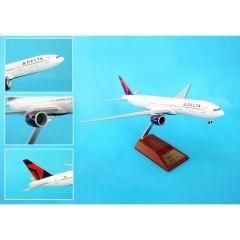 Skymarks Delta 777-200lr 1/200 On Wood Stand W/Gear