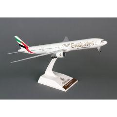 Skymarks Emirates 777-300er 1/200 W/Gear