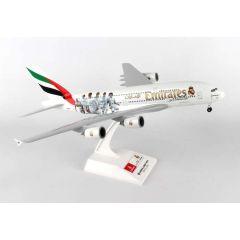 Skymarks Emirates A380 1/200 W/Gear Real Madrid